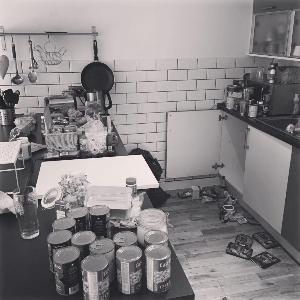 Kitchen Organisation - Messy Kitchen